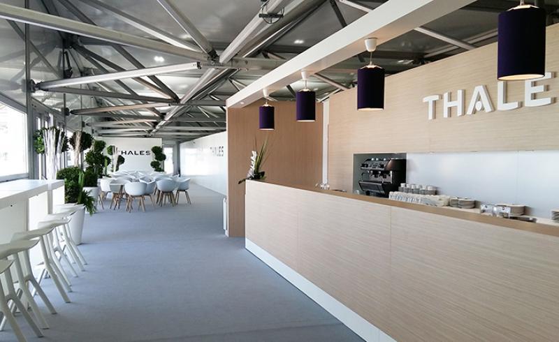 Bar Lounge Showroom Thales